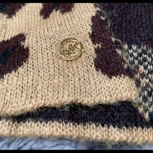 Michael Kors Accessories - Michael Kors Reversible Cashmere Scarf